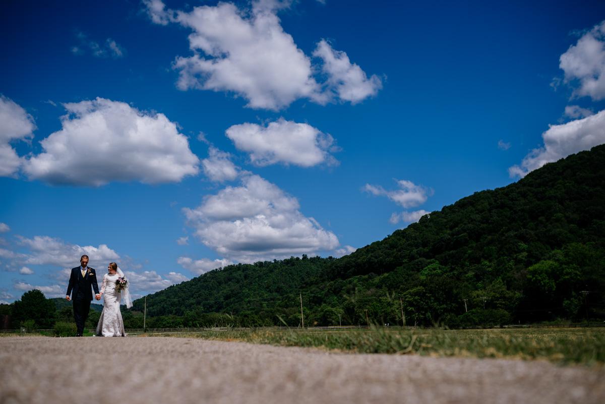 bride groom portrait jq dickinson saltworks wedding country roads