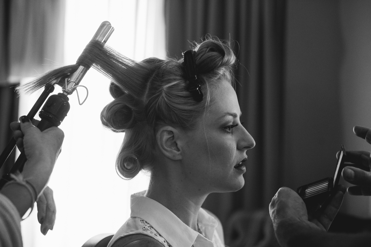 best bride getting ready photos