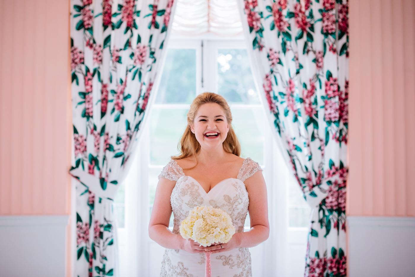 greenbrier resort bridal portraits
