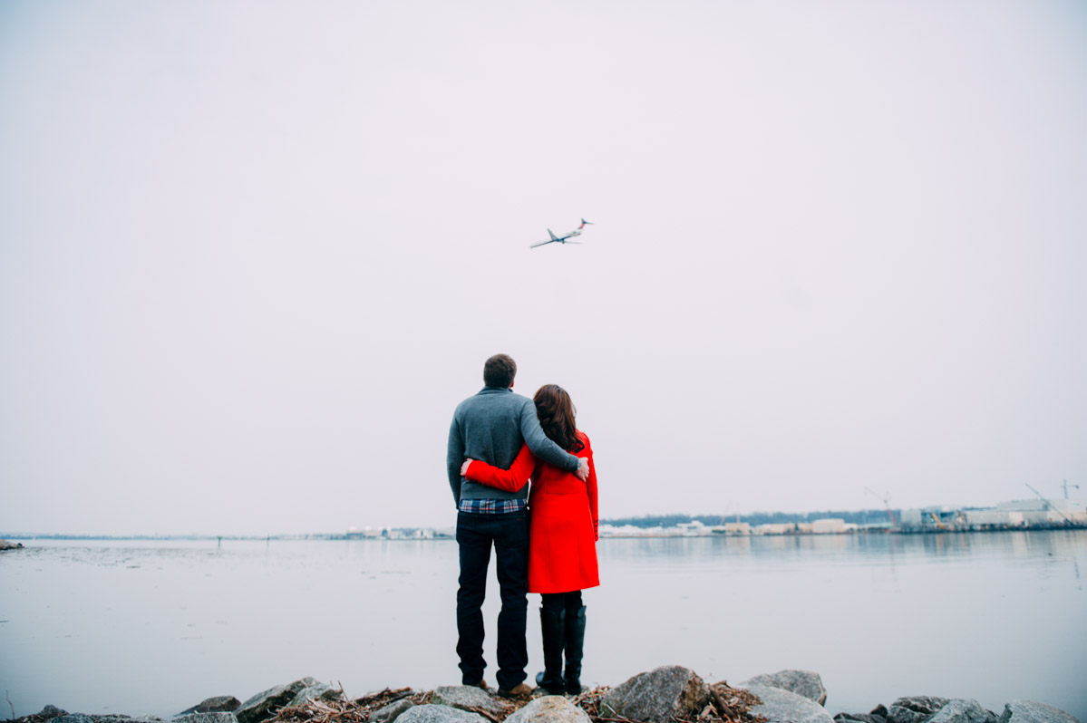 old town alexandria engagement photos with airplane