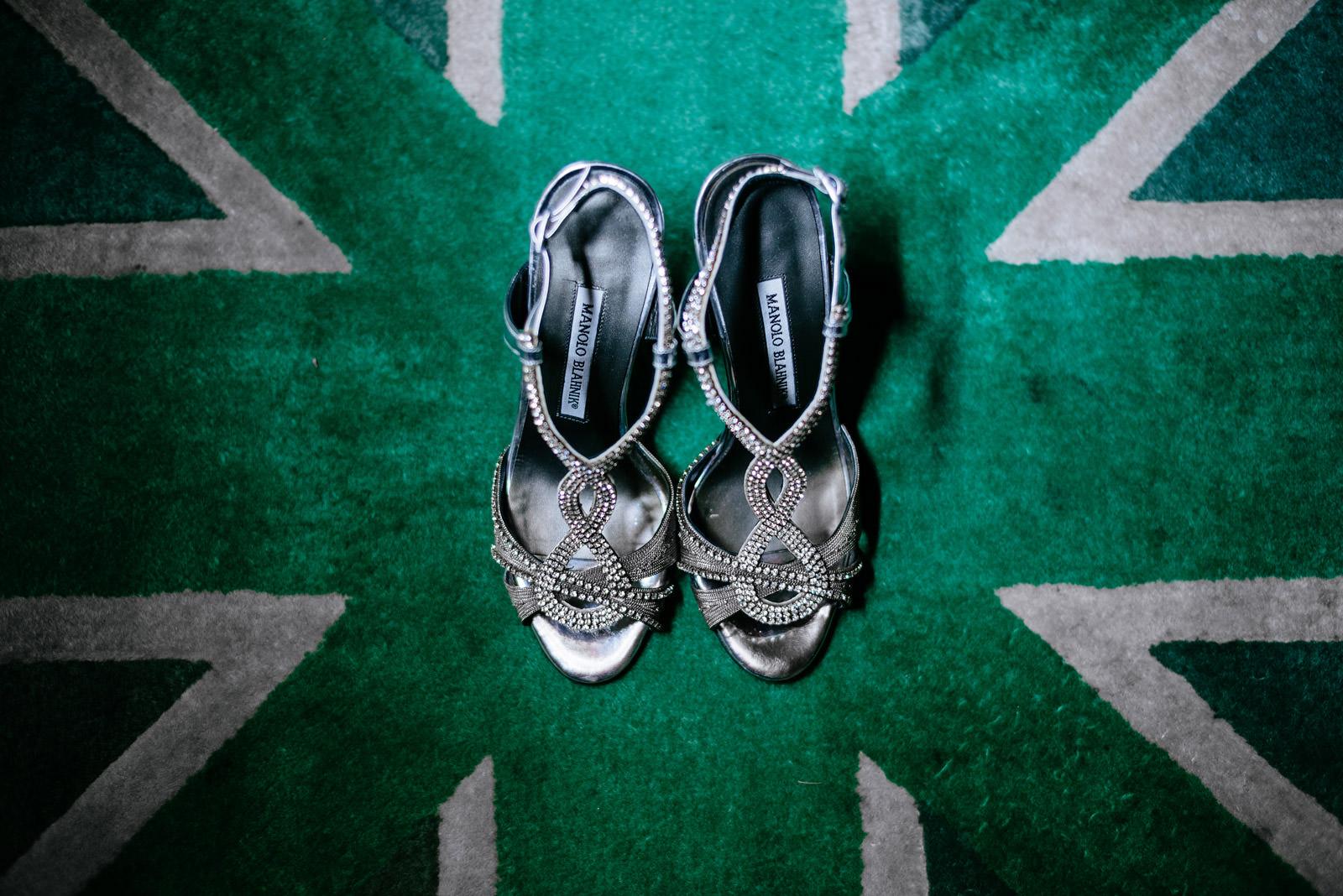 creative wedding shoes photos