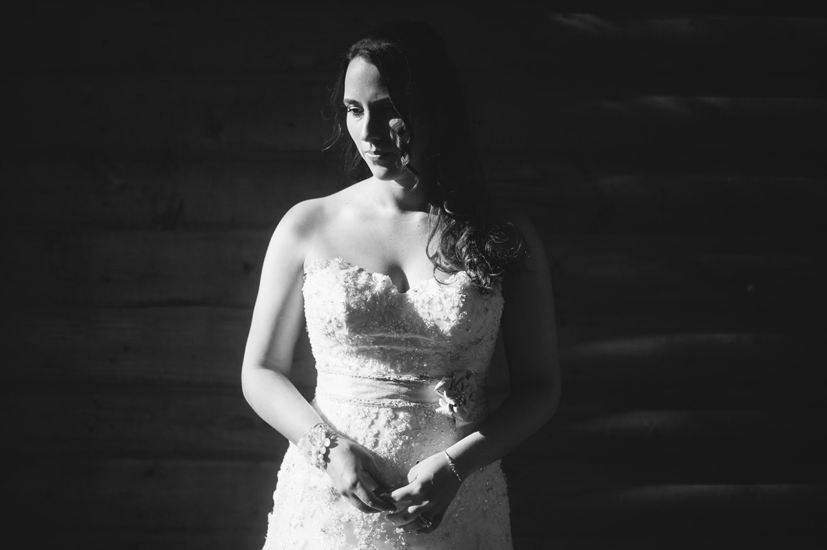 moody bridal portraits wedding photography by the oberports