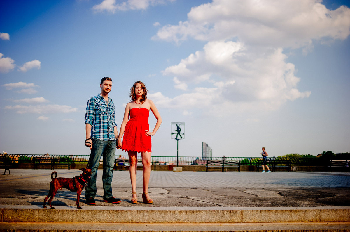 nyc manhattan engagement photos carl schurz park east river esplanade