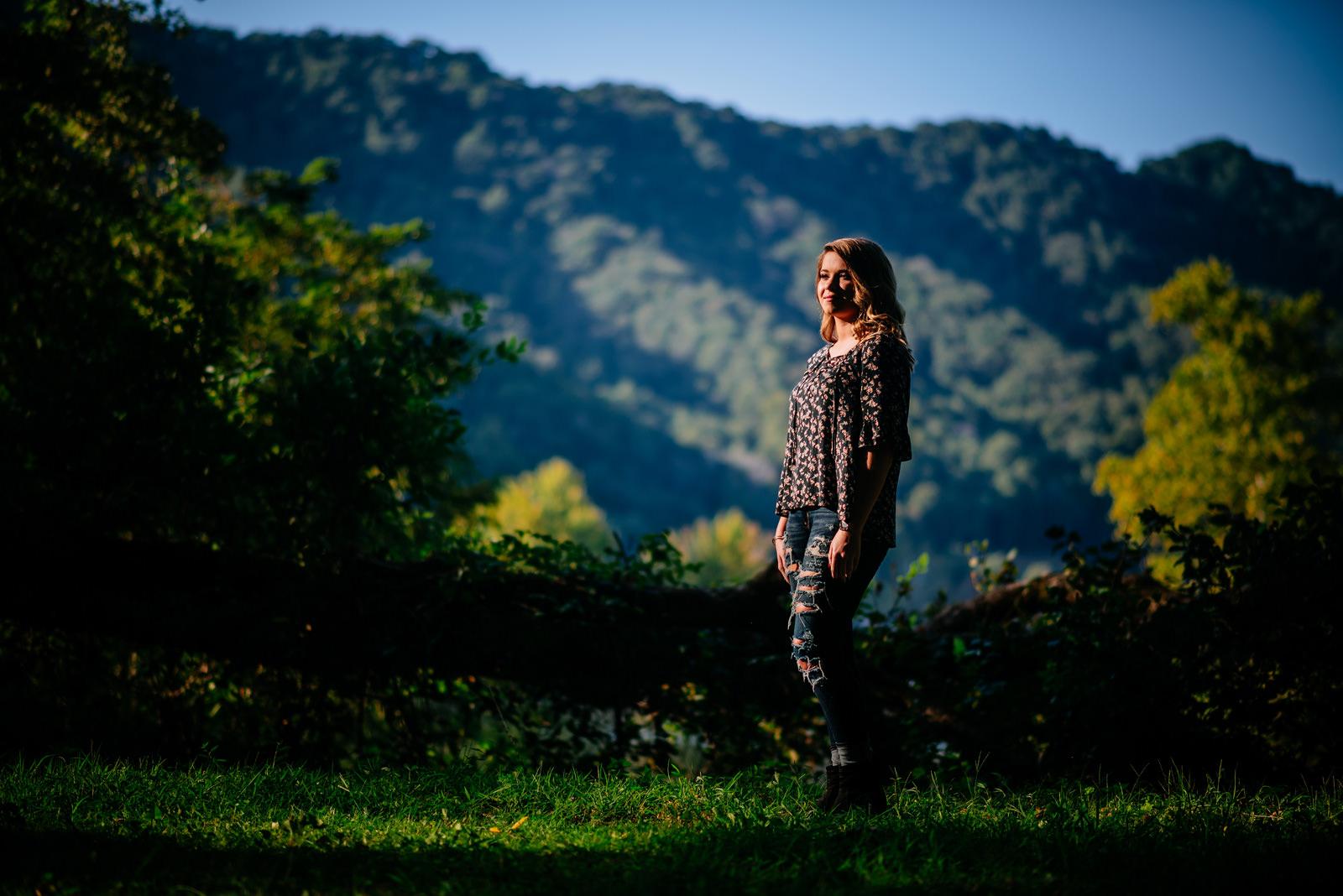 wv outdoor nature senior portraits kanawha falls