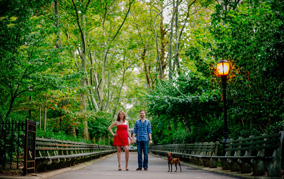 nyc engagement photos carl schurz park