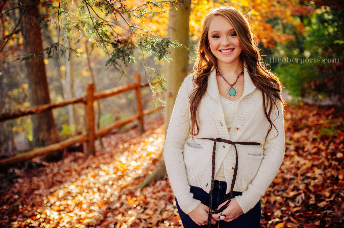 senior portraits during peak foliage
