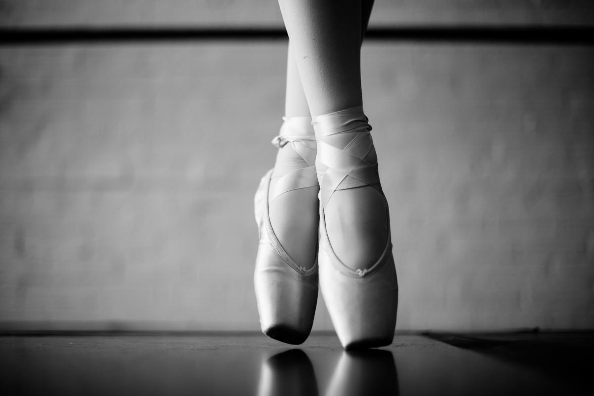 dance portraits pointe shoes
