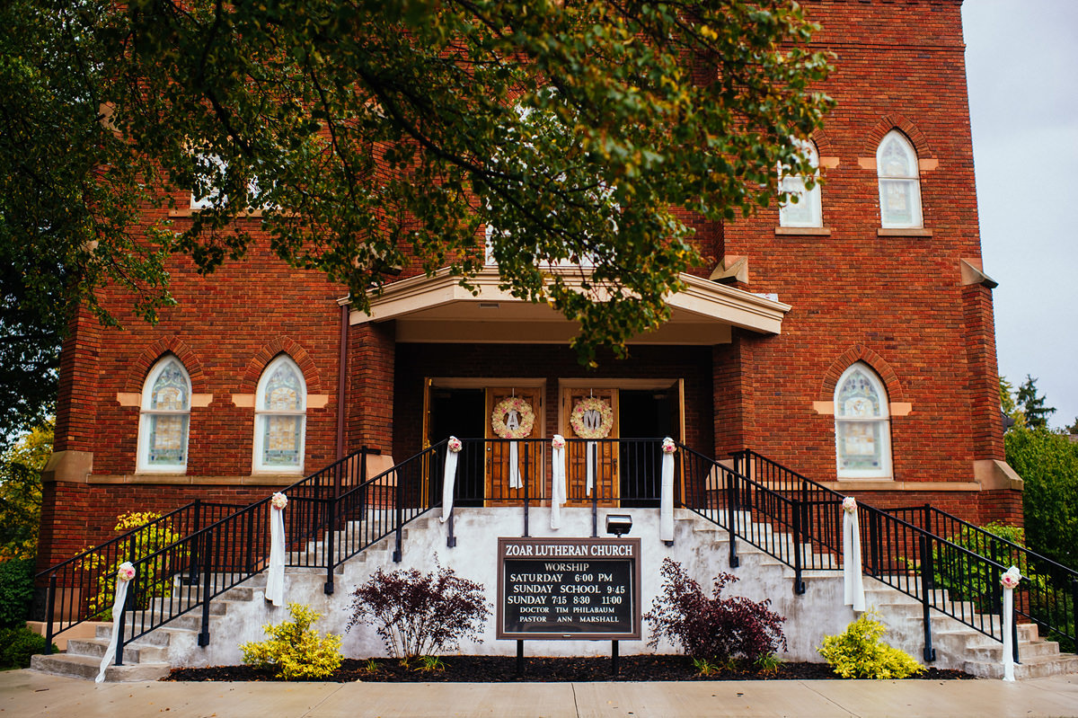 wedding ceremony at zoar lutheran church toledo ohio