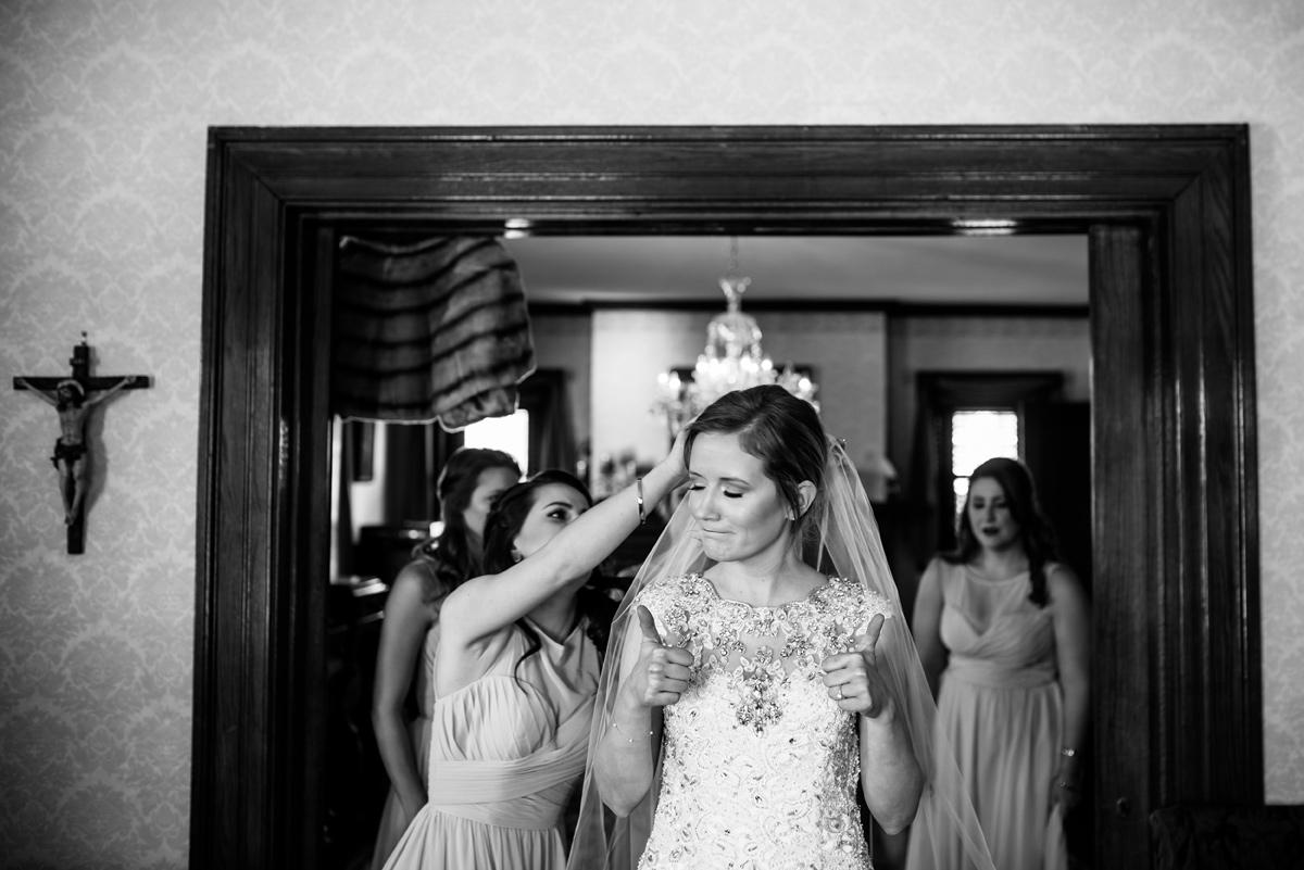 wv winter wedding bride thumbs up