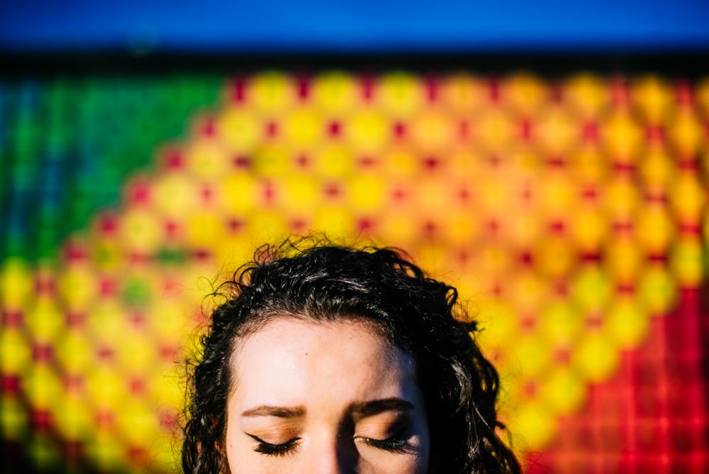 dynamic senior portrait photography