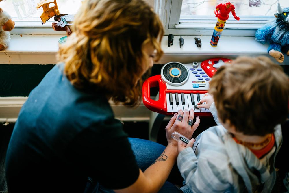 toddler and his keyboard charleston wv