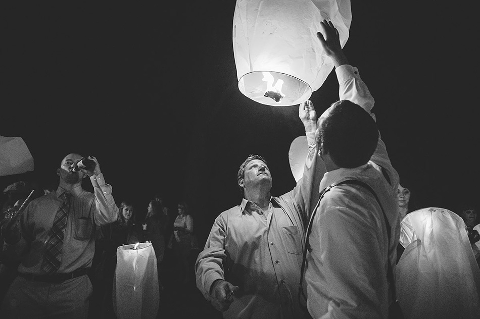 epic sky lanterns at wedding black and white photojournalism by pittsburgh wedding photographers the oberports