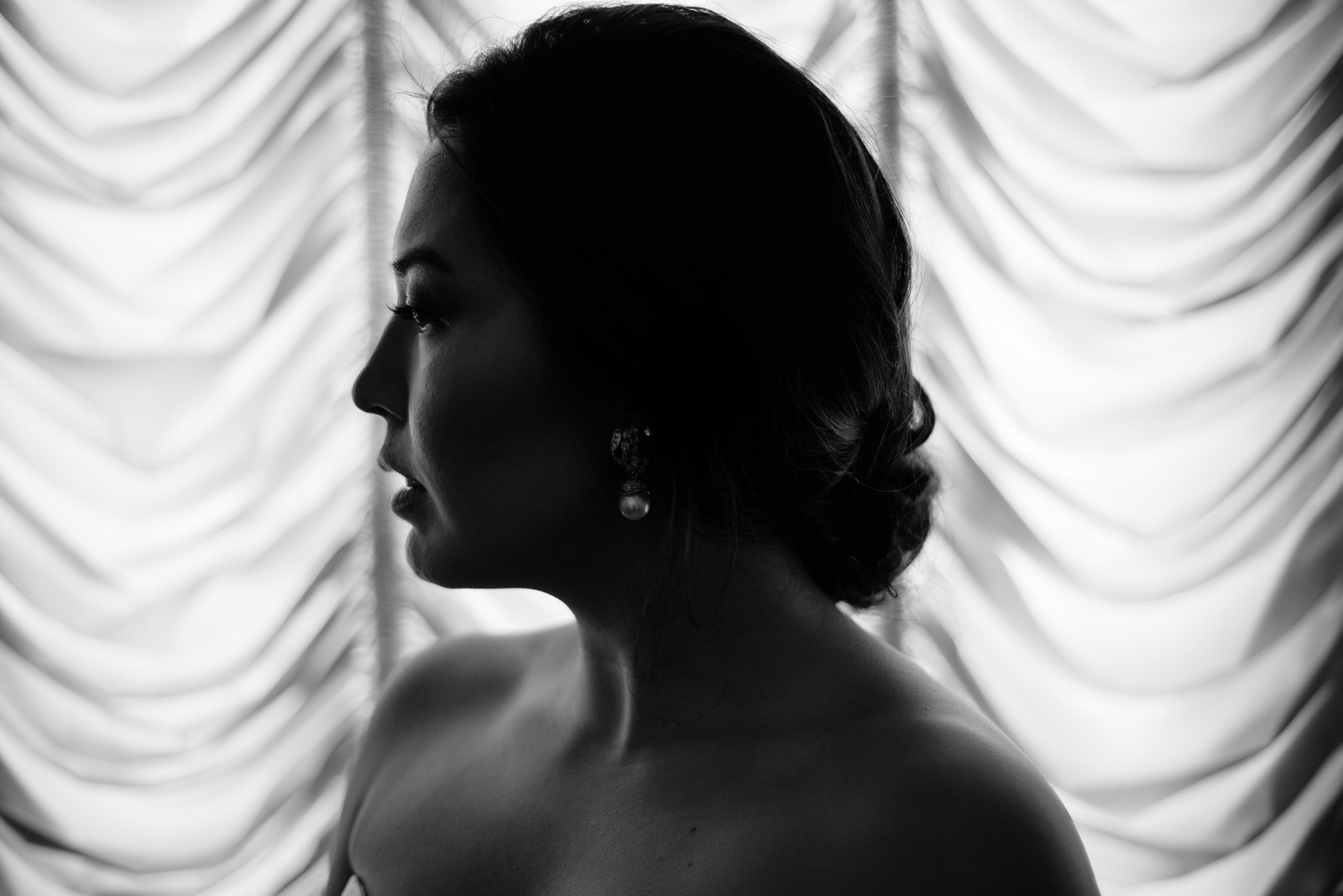 unique black and white bridal photography