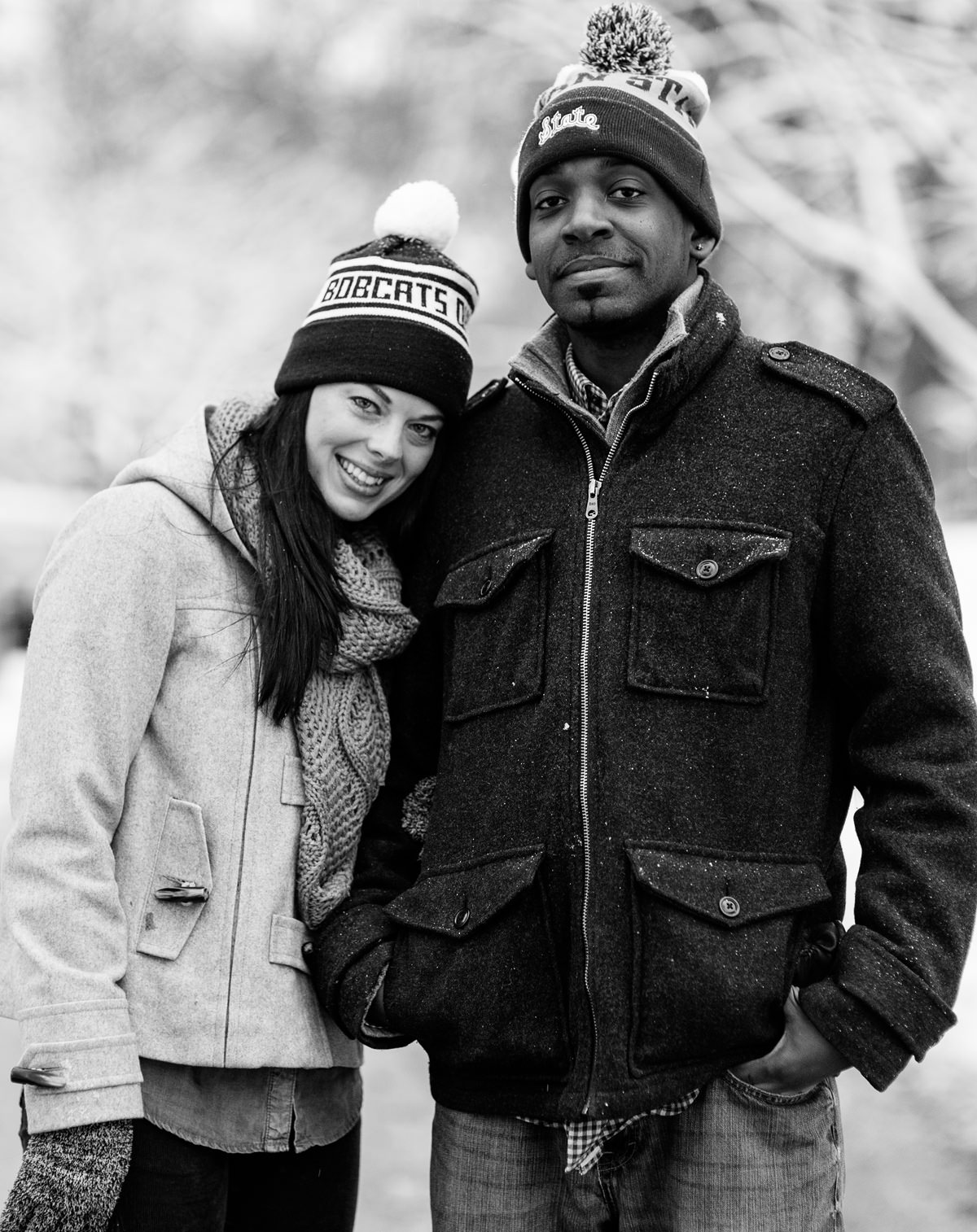 winter engagement photos in chicago