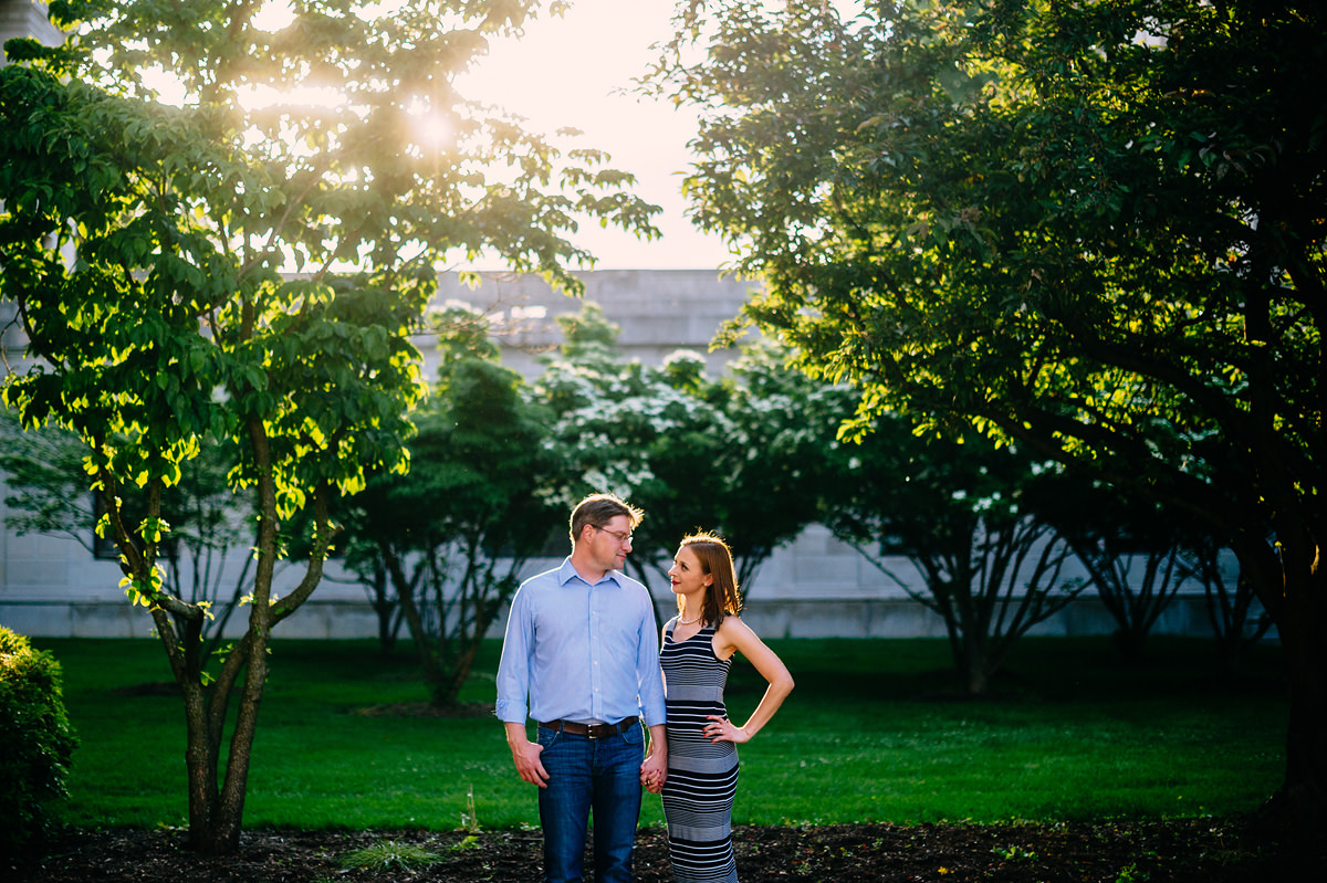 011b engagement pictures in charleston wv