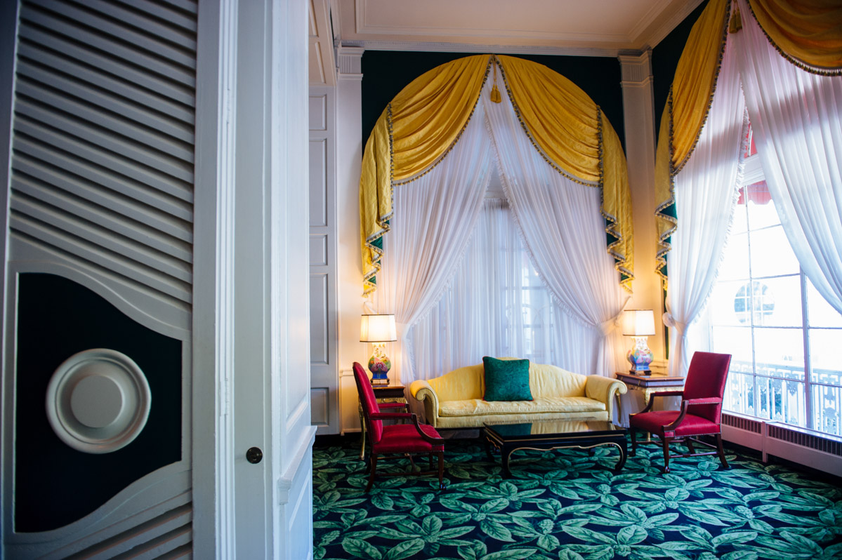 dorothy draper design greenbrier resort wv
