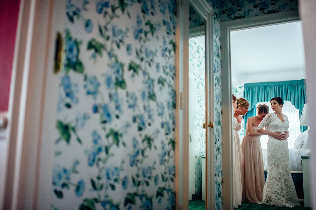 greenbrier wedding dorothy draper decor wallpaper
