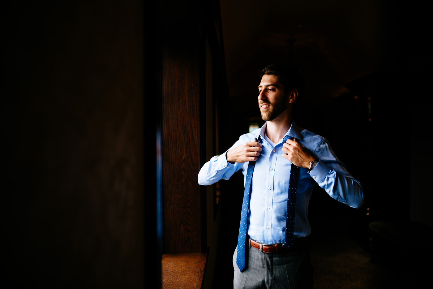 groom getting ready at country club