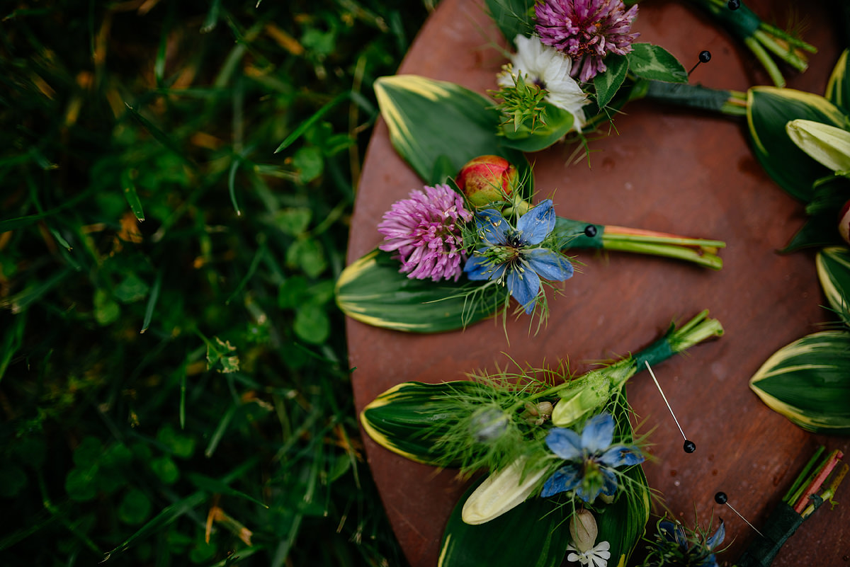 pharsalia virginia wedding flowers boutonnieres