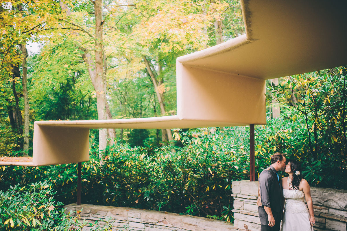 creative bride and groom portraits at fallingwater