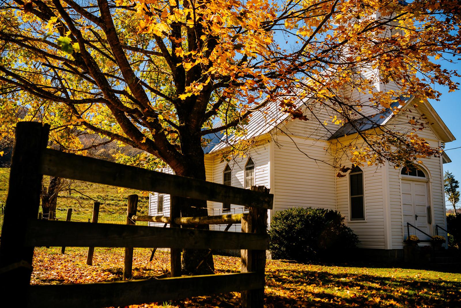autumn wv farm wedding