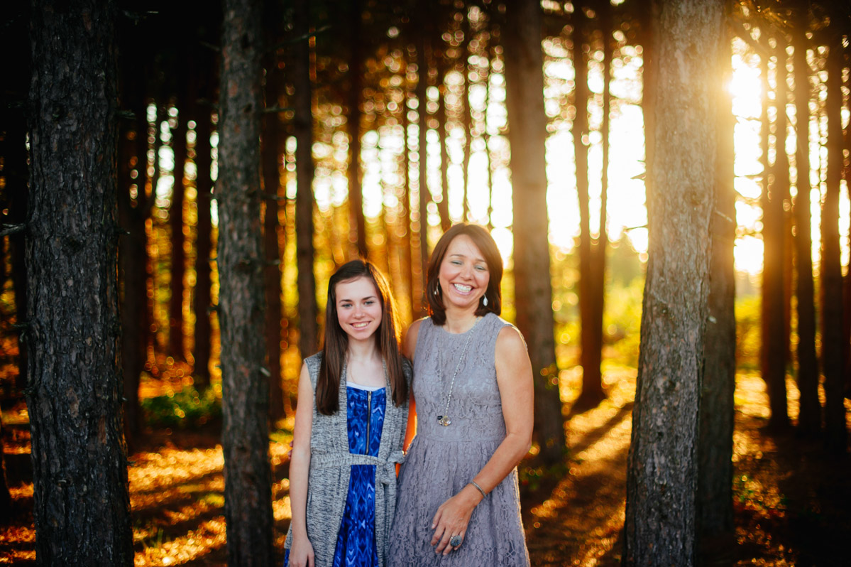 best golden hour family pictures