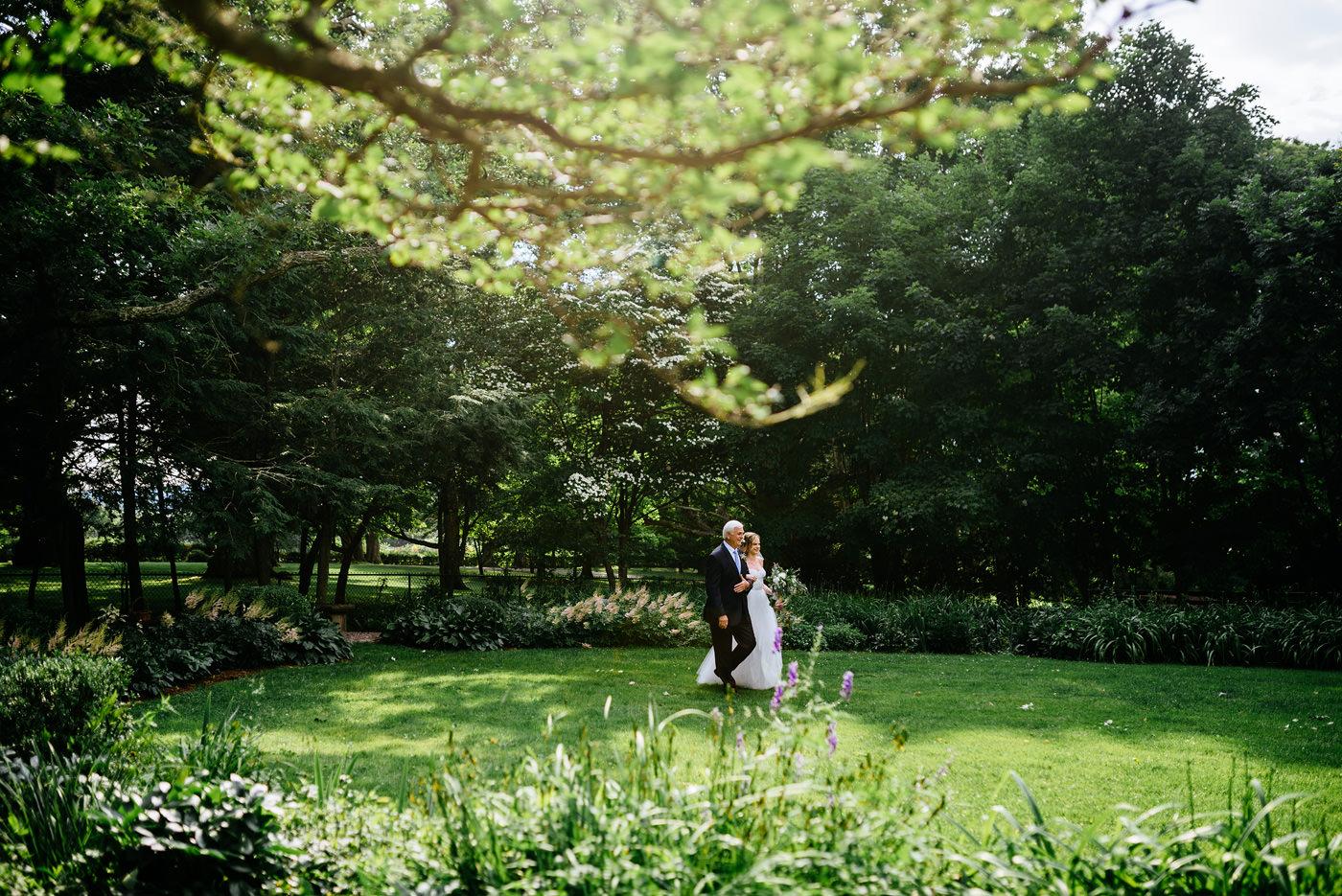 lewisburg wv outdoor garden ceremony