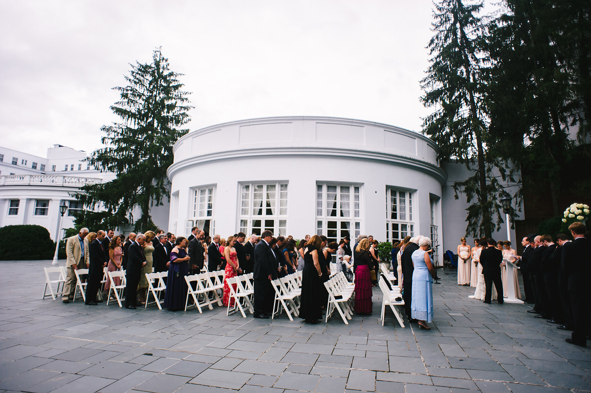wedding ceremony at the greenbrier resort west virginia