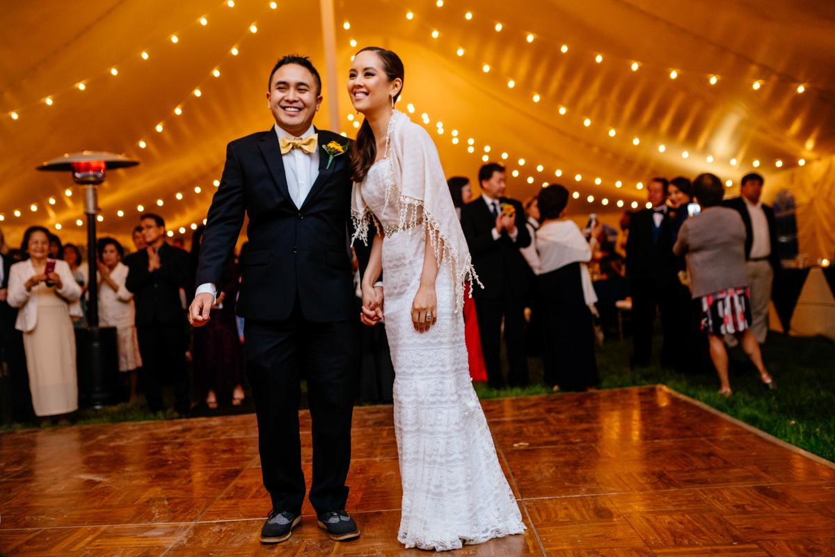 charleston wv wedding bride and groom first dance