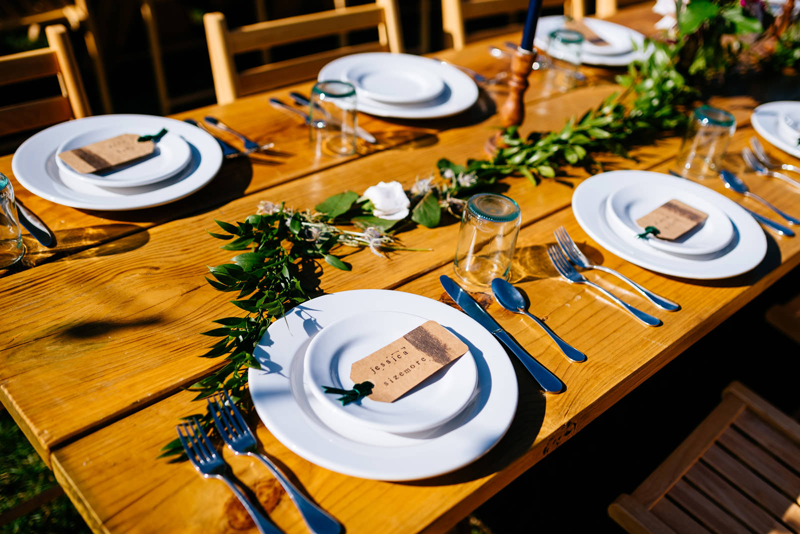 pretty place settings with customize name tags