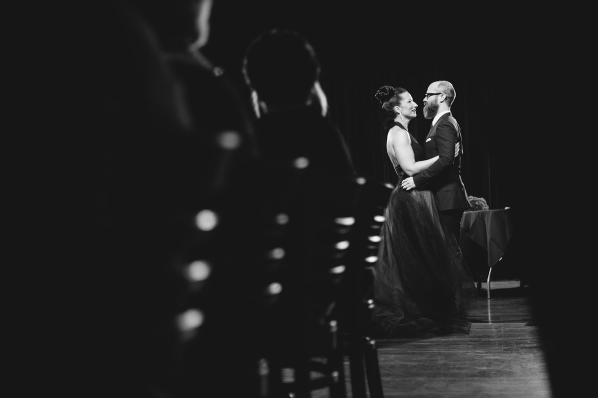 creative candid wedding photography by the oberports