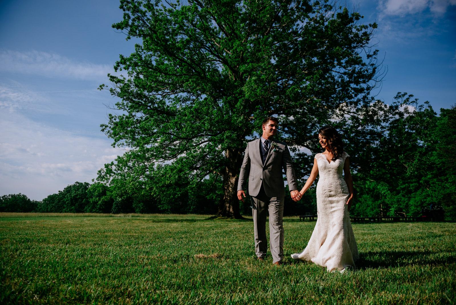 bride groom wedding portraits white oak tree ceremony under white oak tree gaines estate fayetteville wv wedding