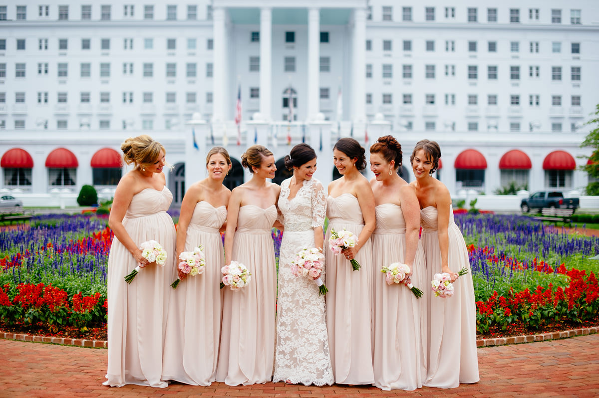 bridesmaid portraits at the greenbrier resort by the oberports