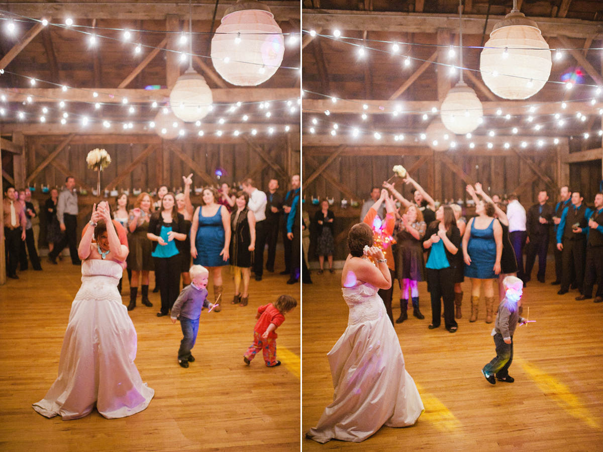 the barn at fallingwater wedding bouquet toss