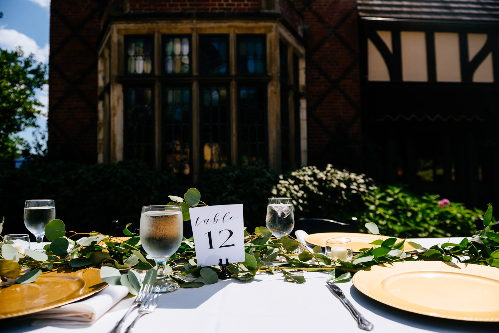 wedding details table settings outdoor reception