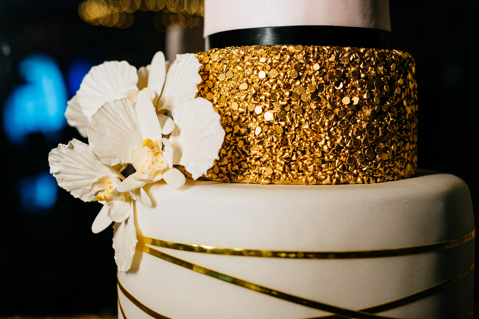 greenbrier resort golden wedding cake