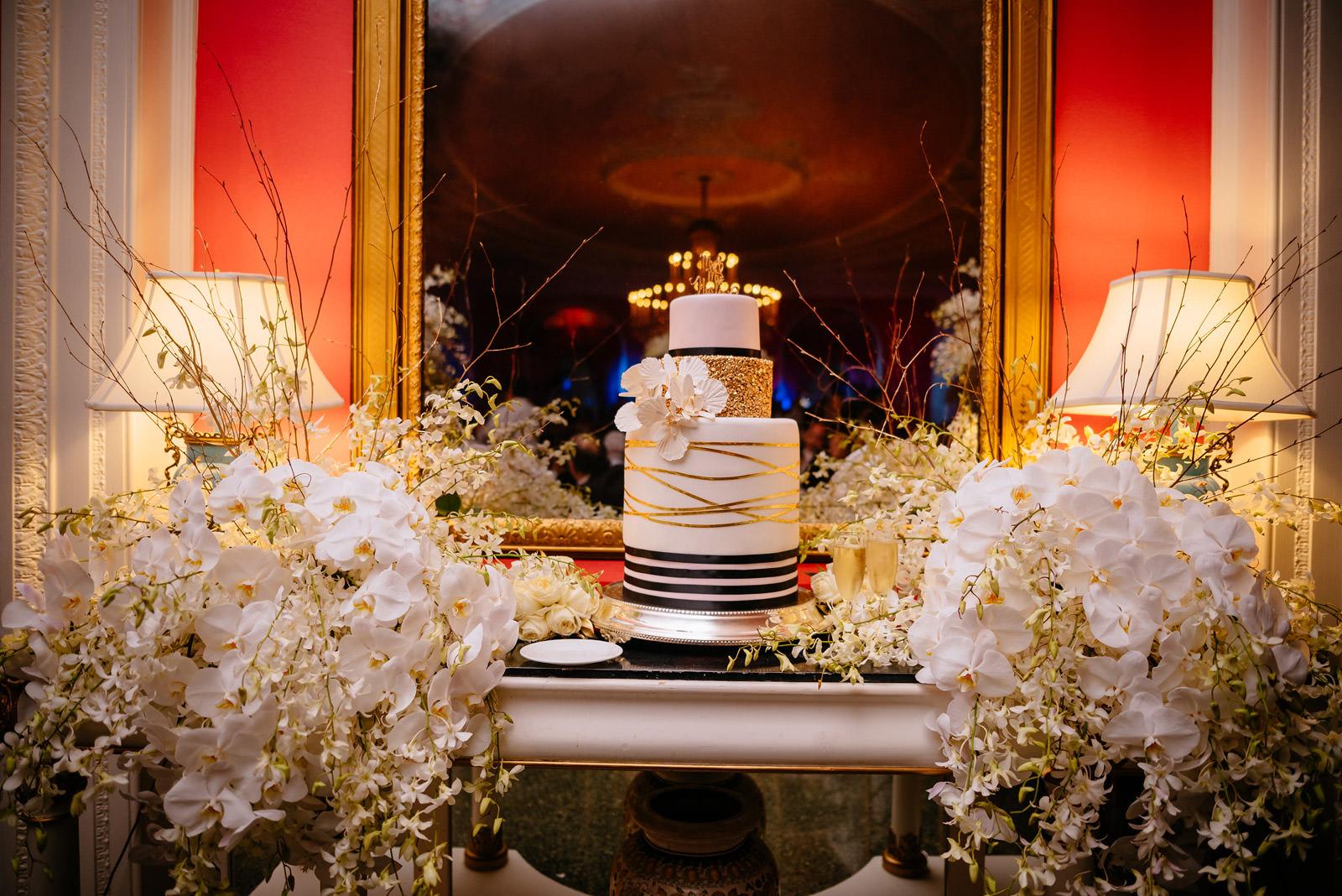 greenbrier resort wedding cake