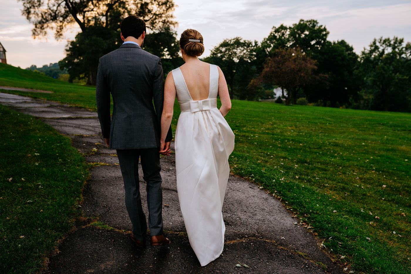 pittsburgh pa wedding couple walking