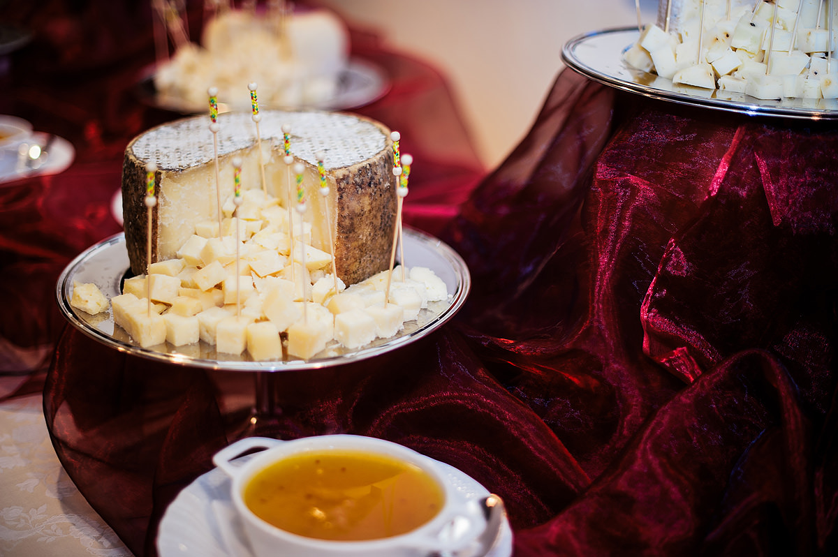 destination wedding for foodies italy cheese