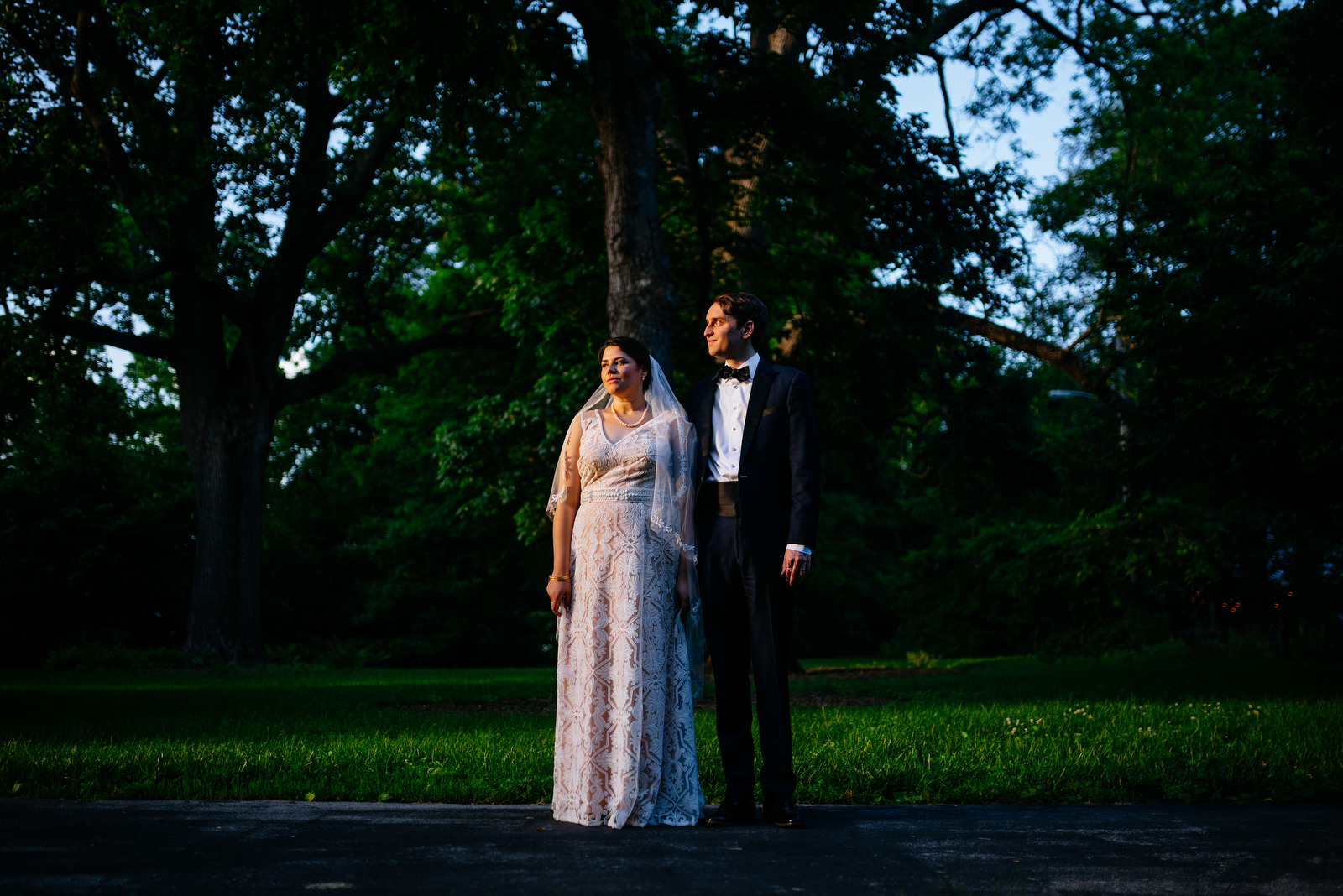 moody bride groom photo holly hill inn wedding lexington kentucky