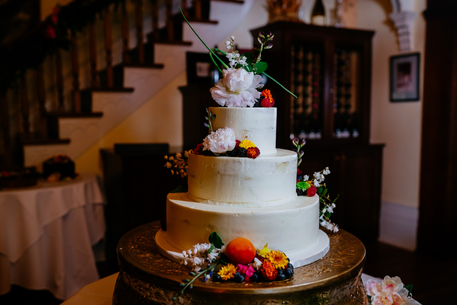 martines pastries cake holly hill inn wedding lexington ky