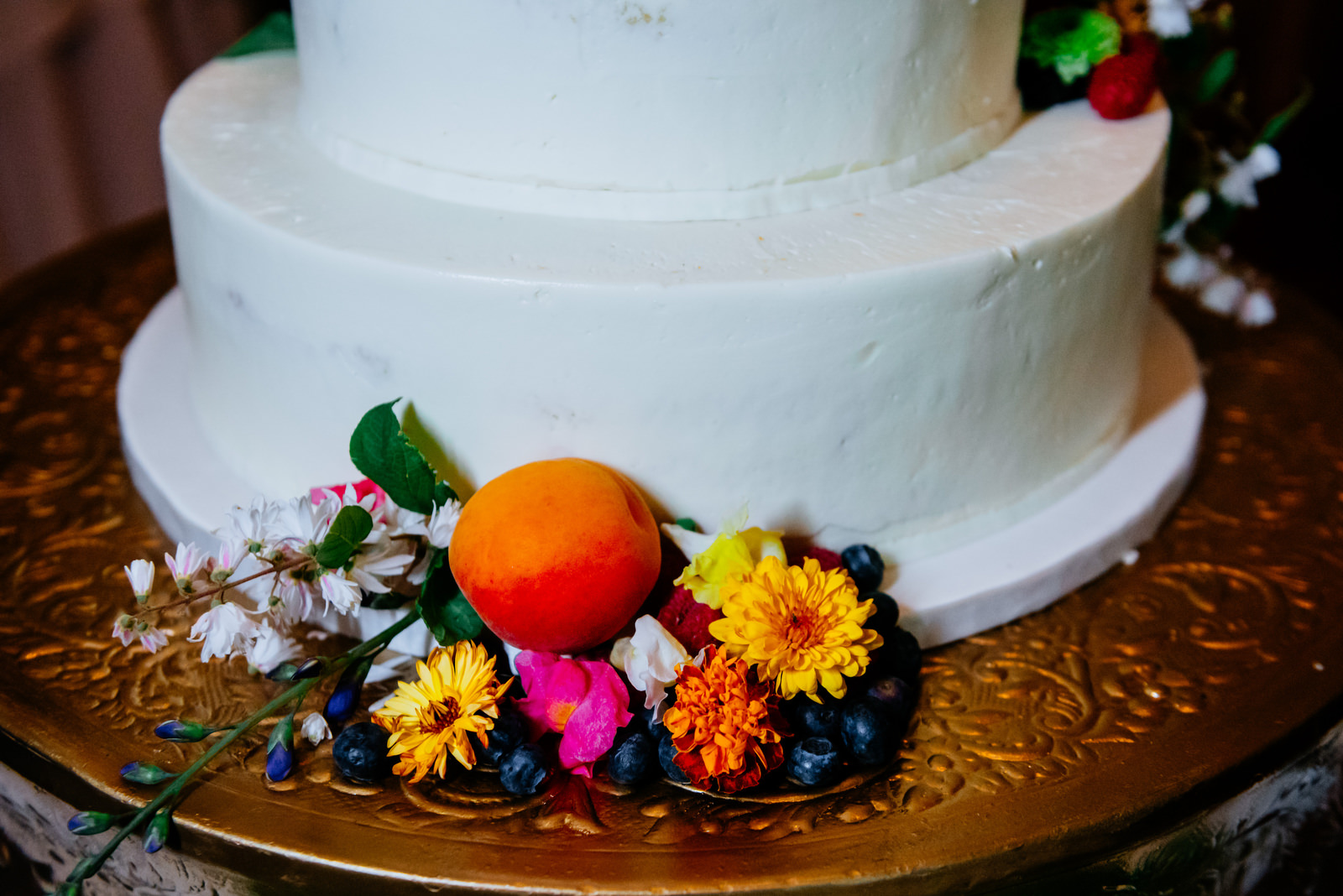 martines pastries wedding cake