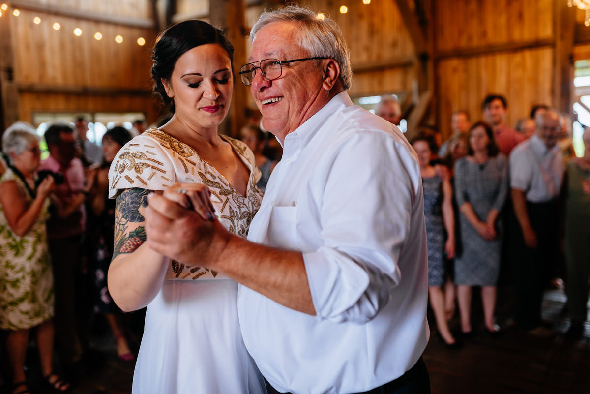rustic acres wedding father daughter dance