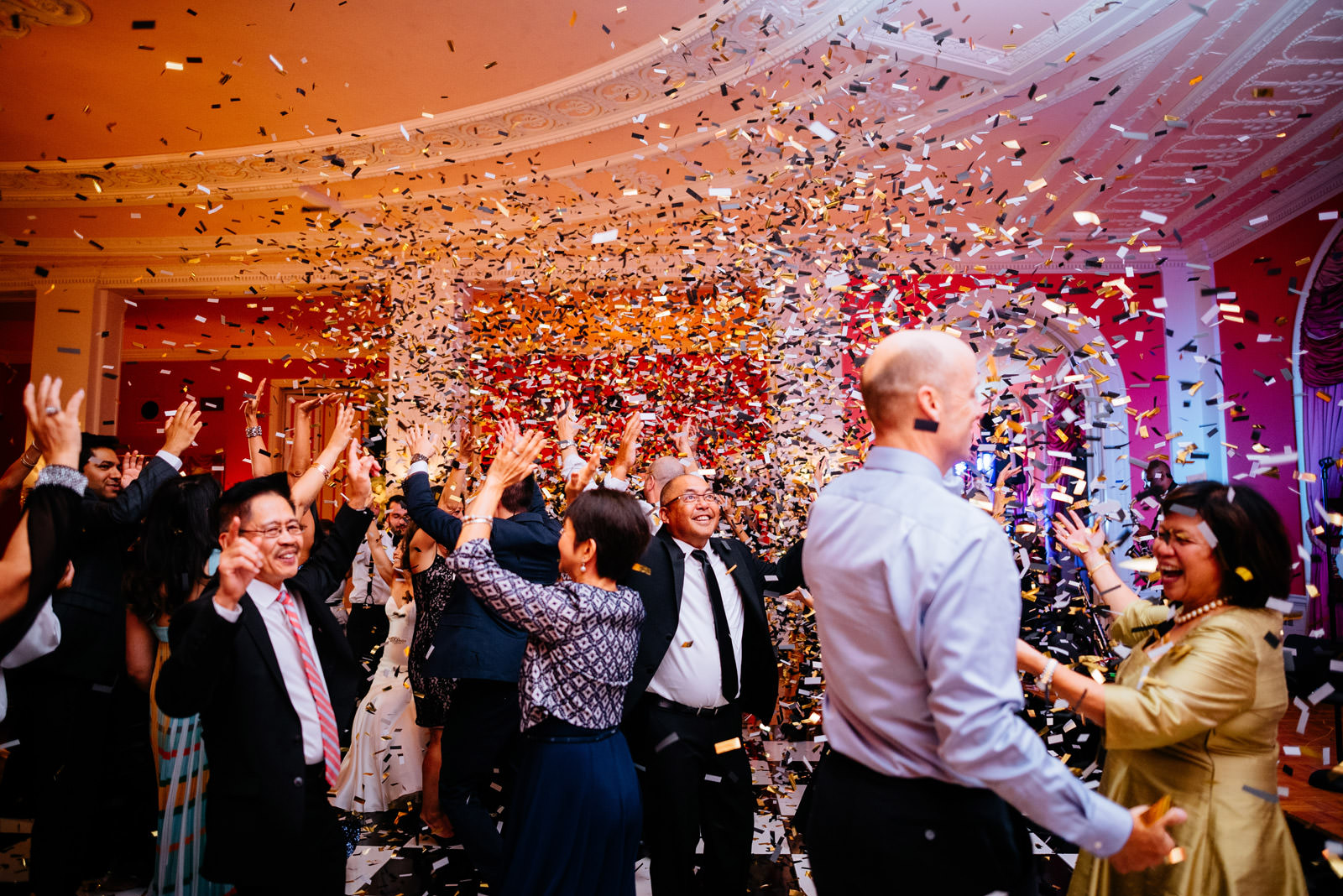 confetti cannon greenbrier resort cameo ballroom wedding reception