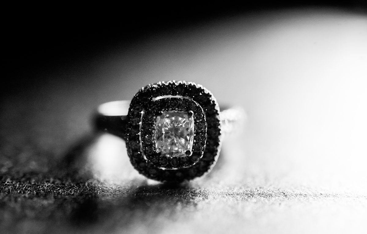 timeless beautiful engagement ring shot by emily porter of the oberports