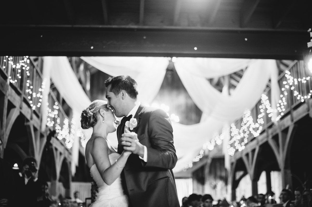 first dance photos by west virginia wedding photographers the oberports