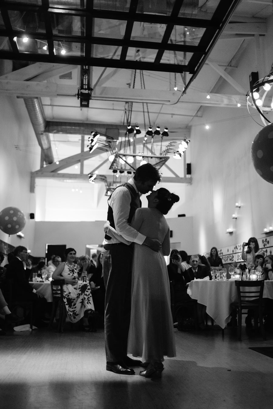 bride groom first dance wedding reception paragon restaurant portland oregon1