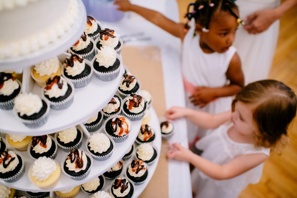 kids love the cupcake table