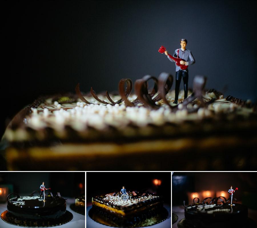 wedding details inspiration beatles cake toppers