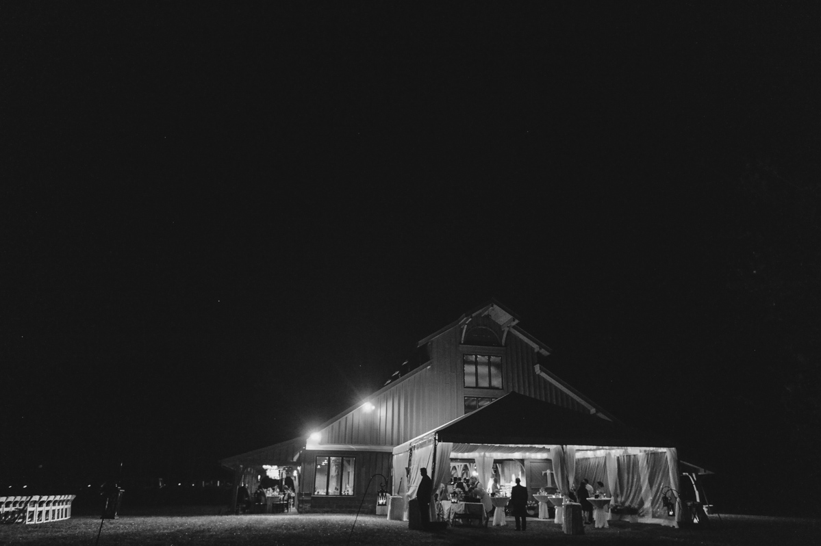 laurelwood farms signal mountain tennessee wedding